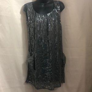 DRESS!!!👗👗👗💃🏽Beautiful sequined short dress.